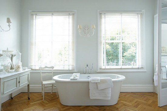 bathroom white french