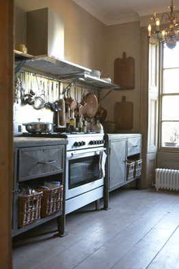french-style-rustic-kitchen