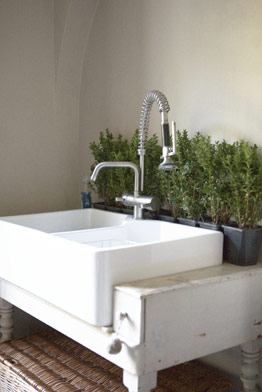 white-butlers-sink