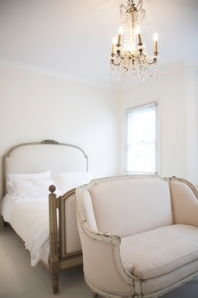 french bed pale pink